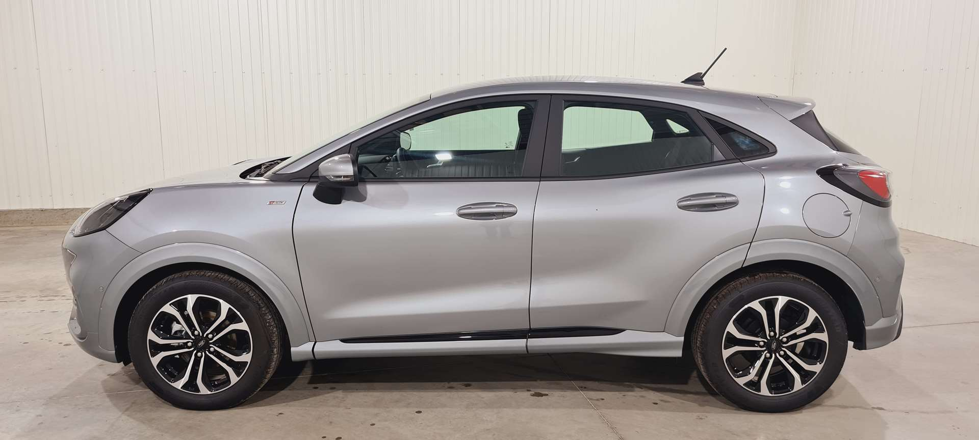 photo FORD PUMA 1.0 EcoBoost 125 ch mHEV S&S DCT7 ST Line